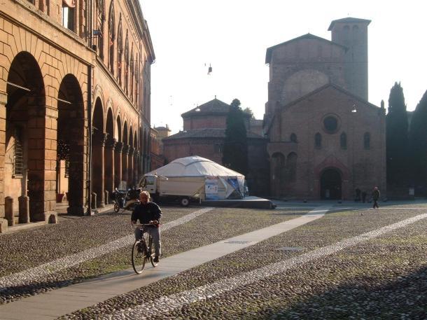 La yurta in piazza santo stefano