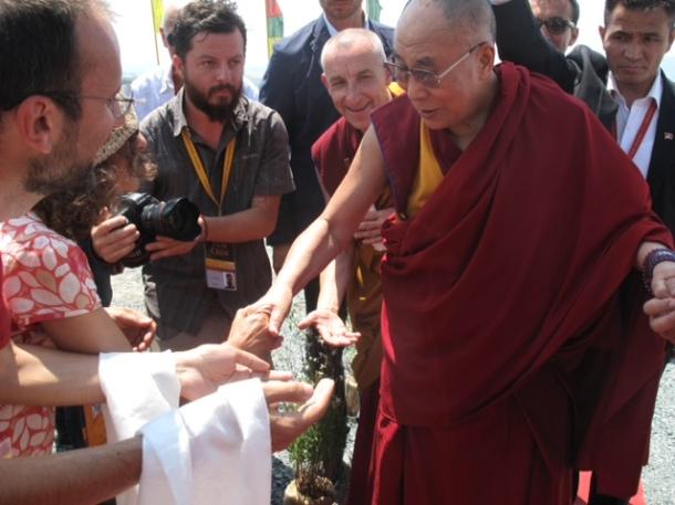 Sua Santità il Dalai Lama, Verde onorario!