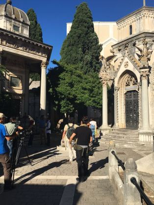 Al cimitero monumentale